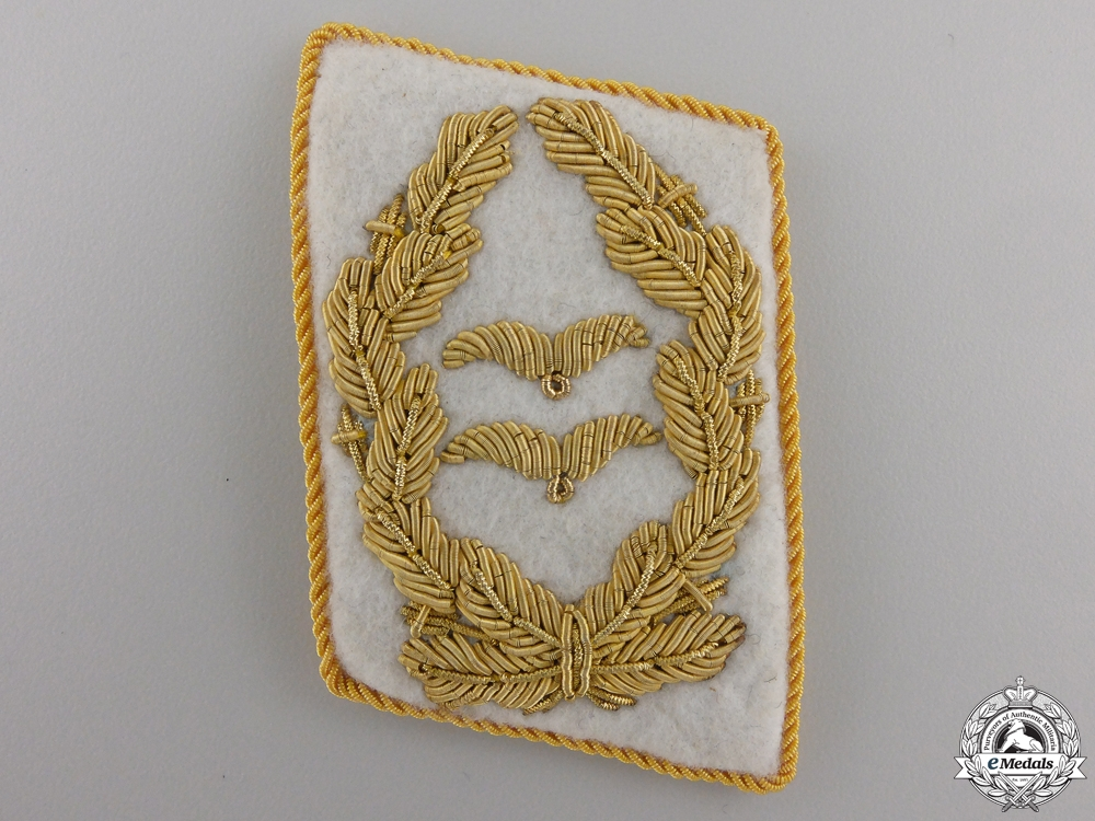 eMedals-A Single Luftwaffe Collar Tab for Generalleutnant