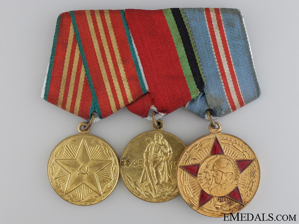 eMedals-A Soviet Armed Forces Medal Bar with Three Awards