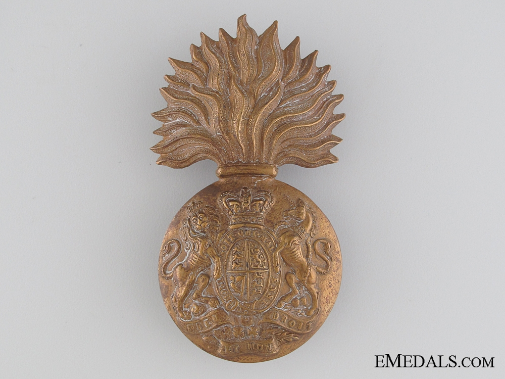 eMedals-A Victorian Royal Scots Fusiliers Glengarry Badge