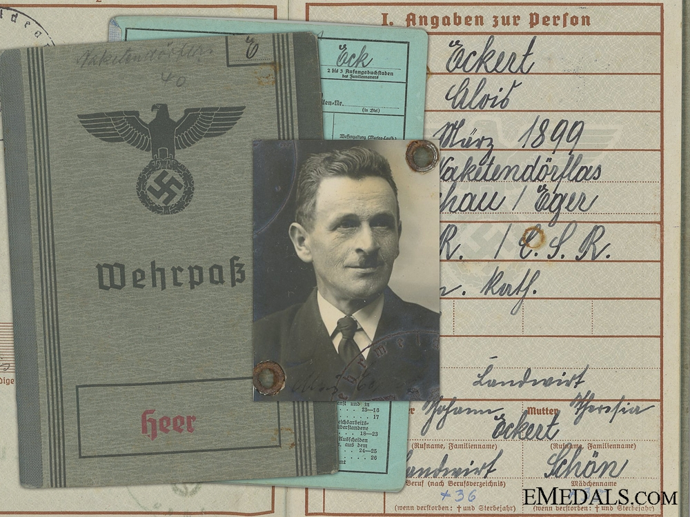 eMedals-A Wehrmacht Wehrpass & Army Medical Records to Czechoslovakian