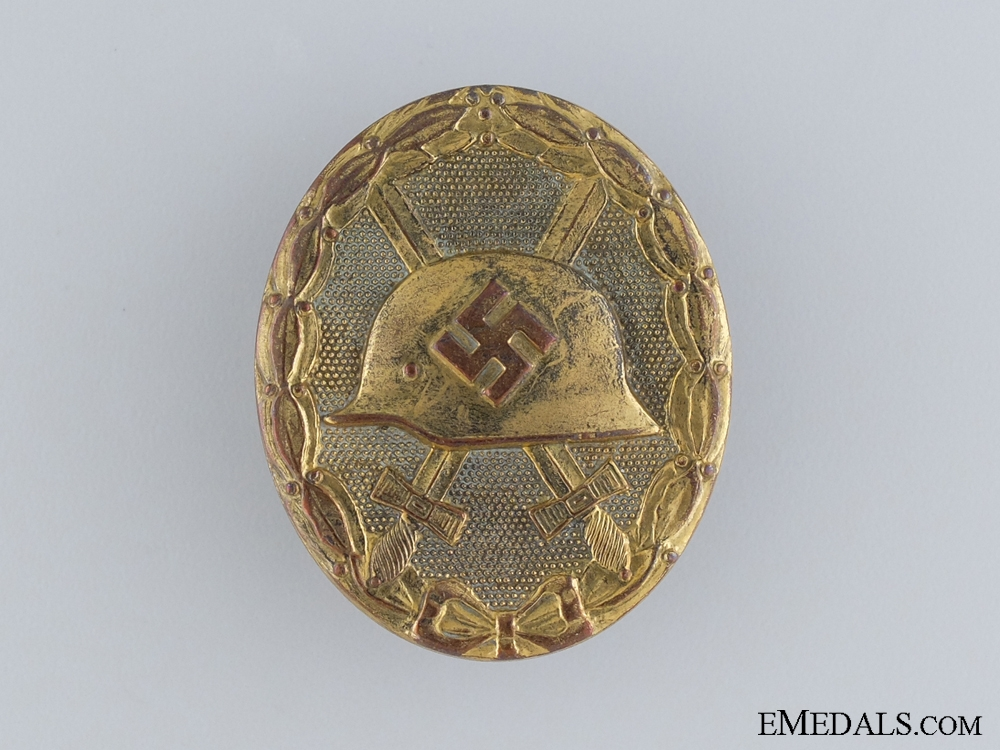 eMedals-A WWII Wound Badge; Gold Grade; Marked 30