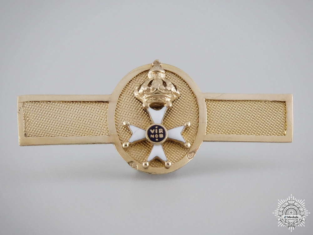 eMedals-An 1820's Miniature Order of the Netherlands Lion in Gold