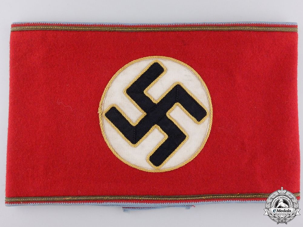 eMedals-An Armband for Ortsgruppe Level Mitarbeiter, Leiter eines