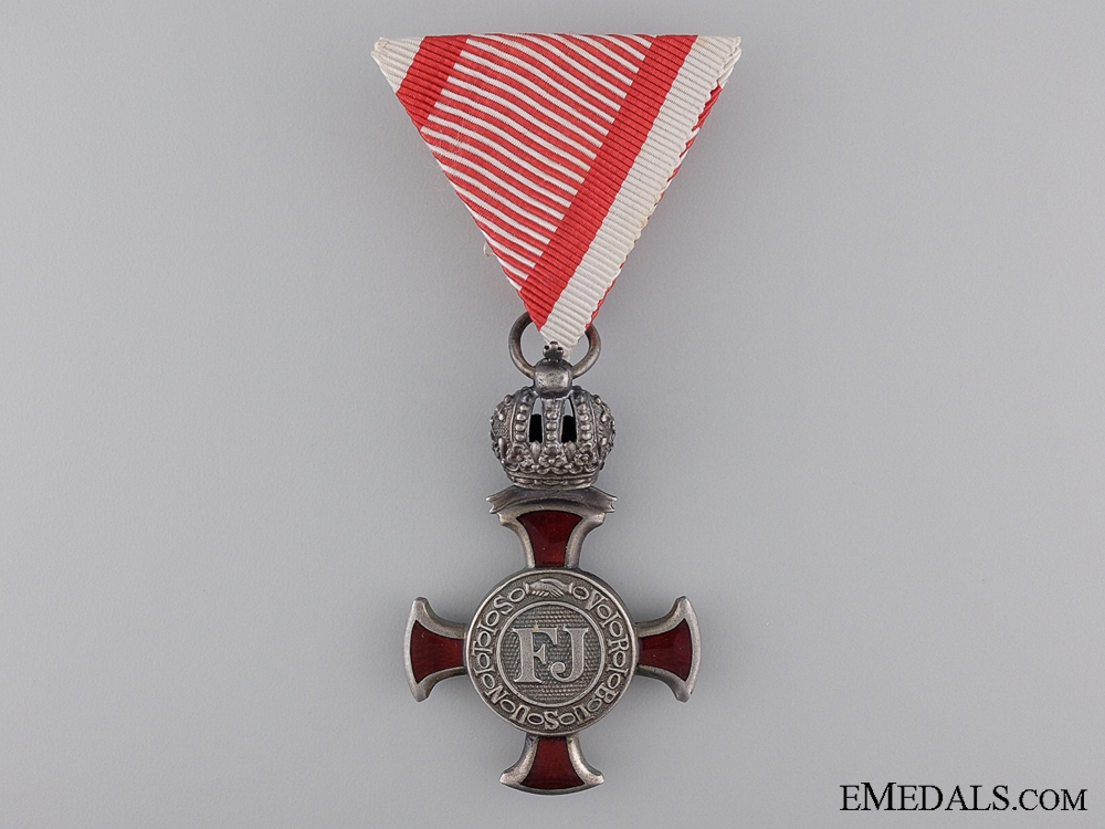 eMedals-An Austrian Silver Military Merit Cross with Crown Suspension