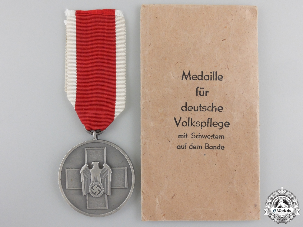 eMedals-An Early & Mint German Social Welfare Medal with Packet