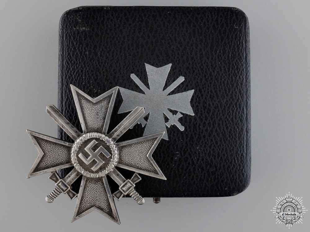 eMedals-An Early Cased First Class War Merit Cross with Swords
