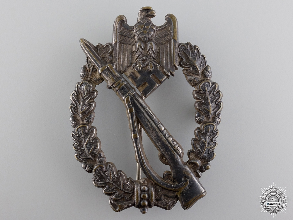 eMedals-An Early Infantry Badge; Silver Grade