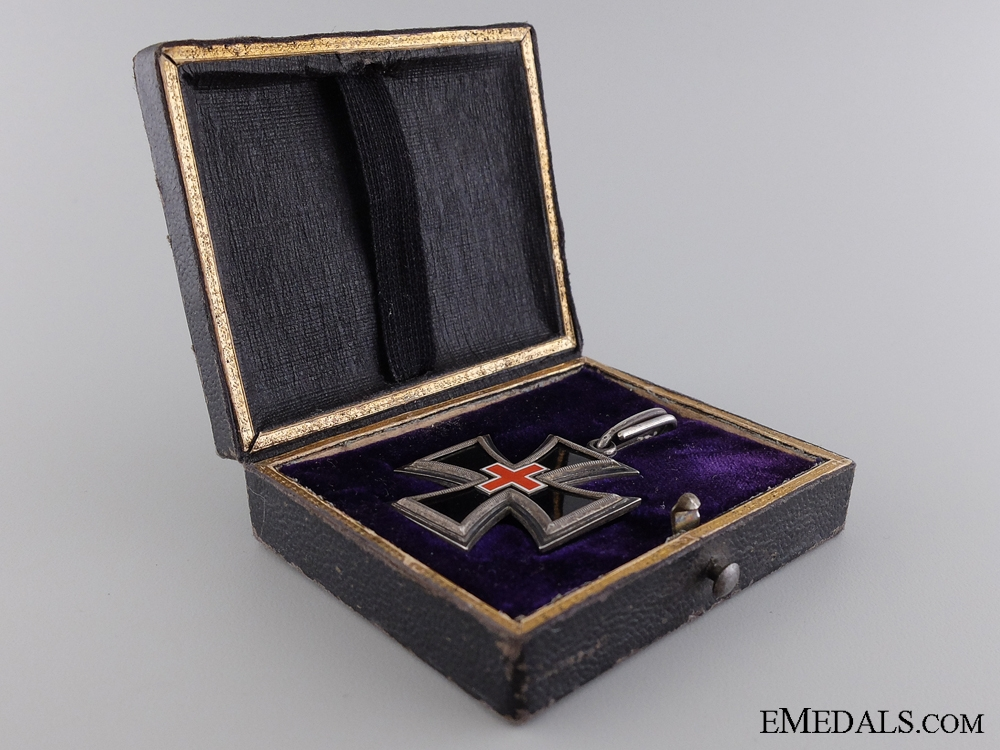 eMedals-An Honor Cross for Ladies & Young Ladies 1870-71