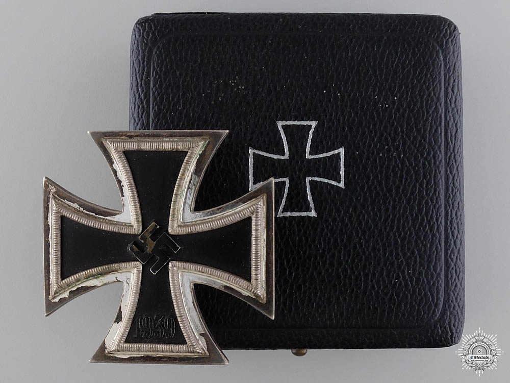 eMedals-An Iron Cross First Class 1939 with Case