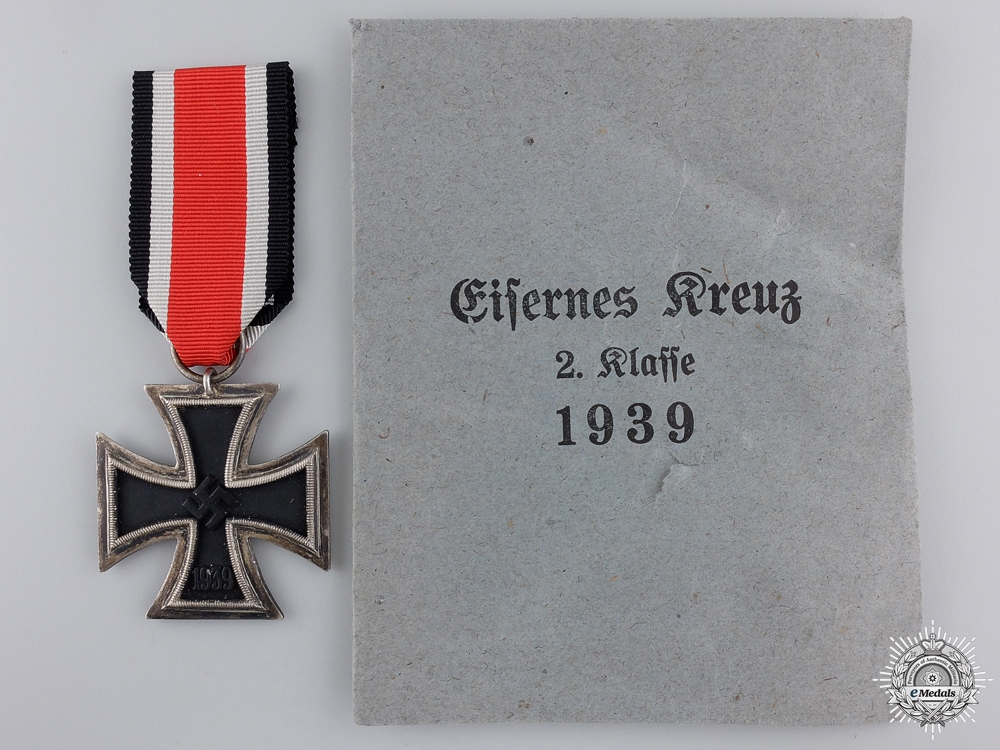 eMedals-An Iron Cross Second Class 1939 with Issue Packet