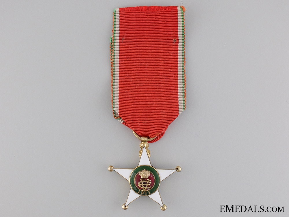 eMedals-An Italian Colonial Order; Knights Badge in Gold