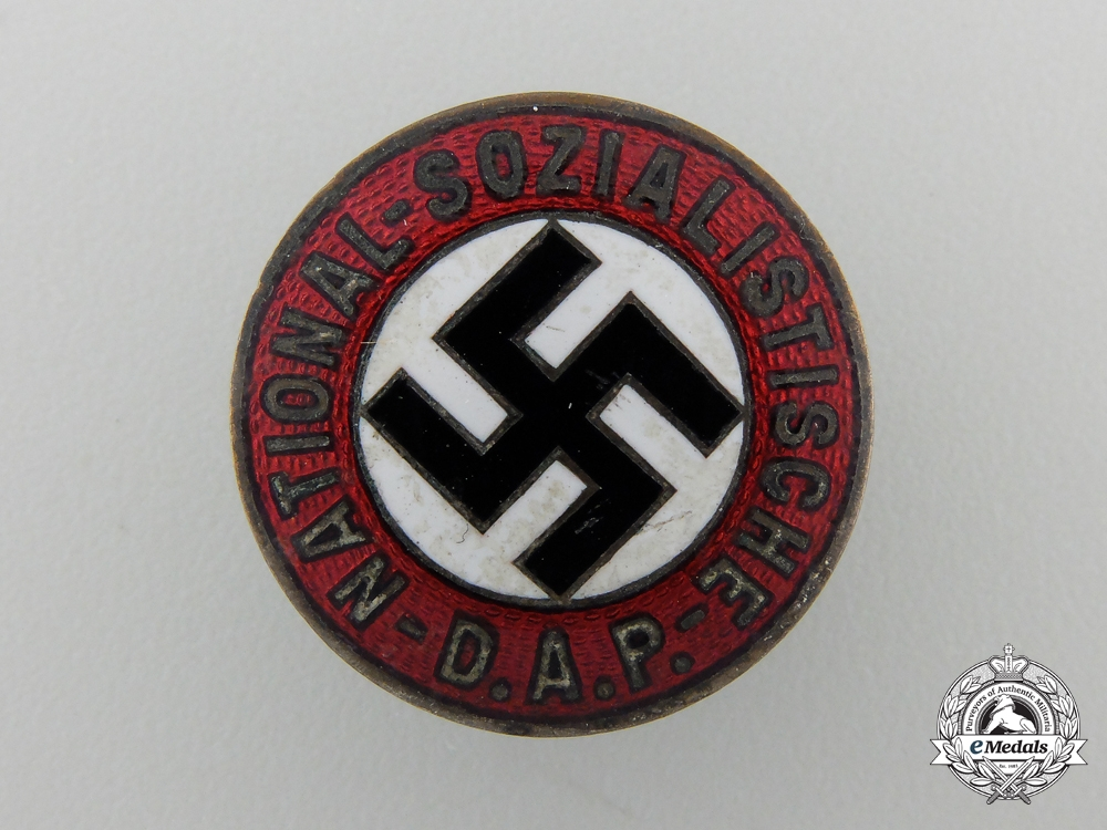 eMedals-An NSADP Party Membership Badge by Apreck & Vrage, Leipzig