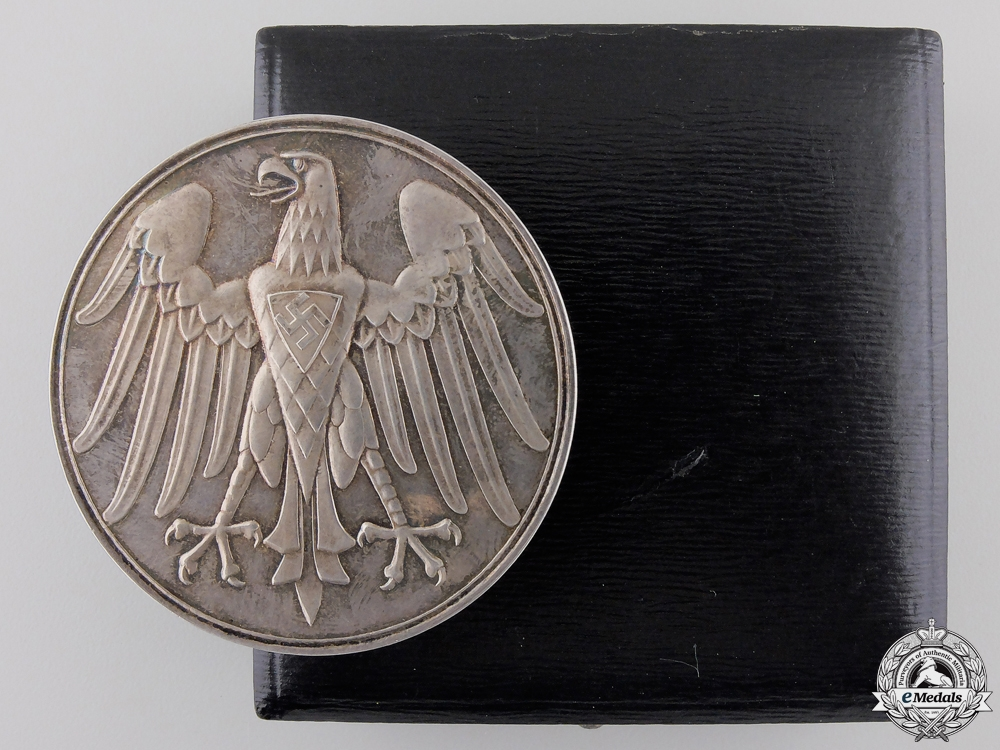 eMedals-An NSDAP Silver Life Saving Medal with Case