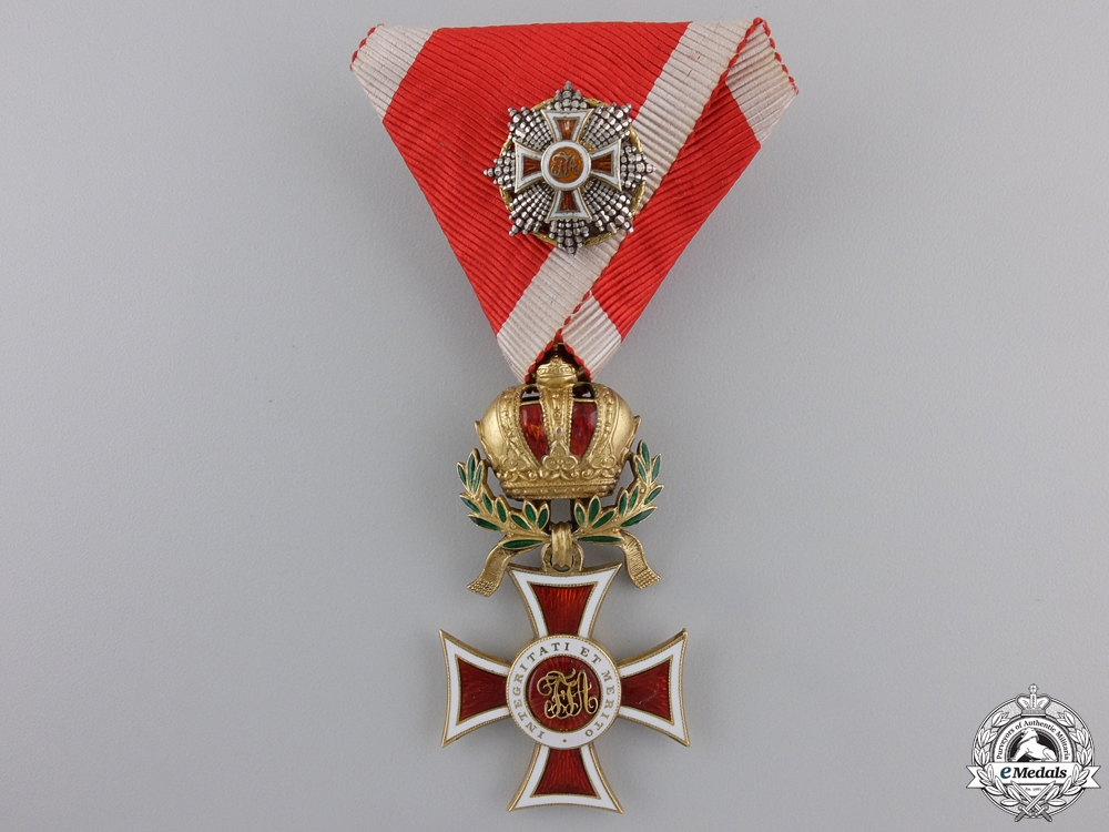 eMedals-An Order of Leopold Knights Cross in Gold with War Decoration