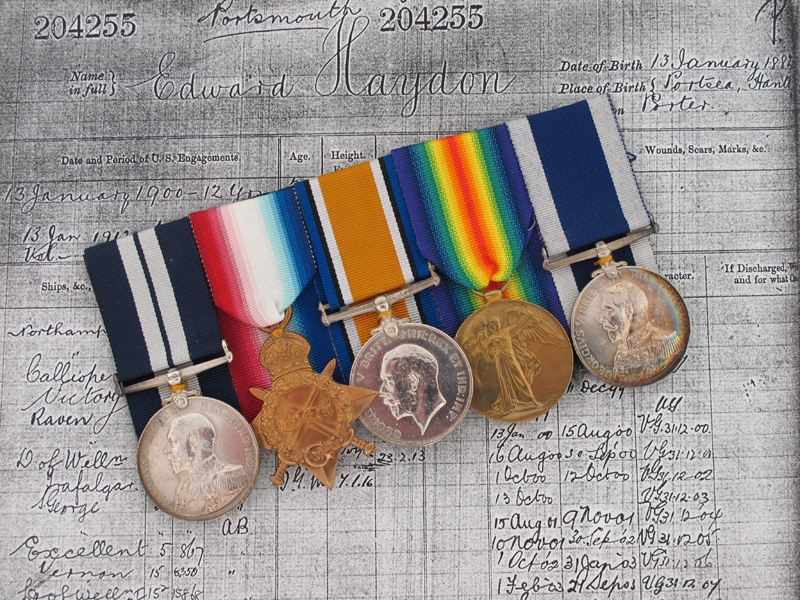 eMedals-A Fine Great War Submariner D.S.M. Group