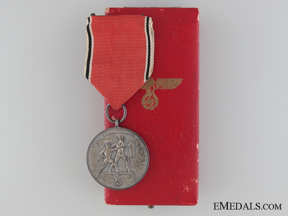 eMedals-A Cased Commemorative Medal 13 March 1938