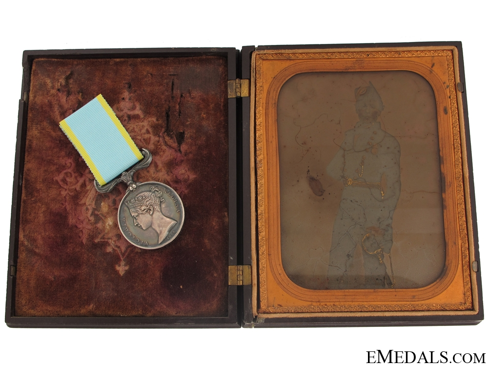 eMedals-Crimea Medal 1854 with Early Photo