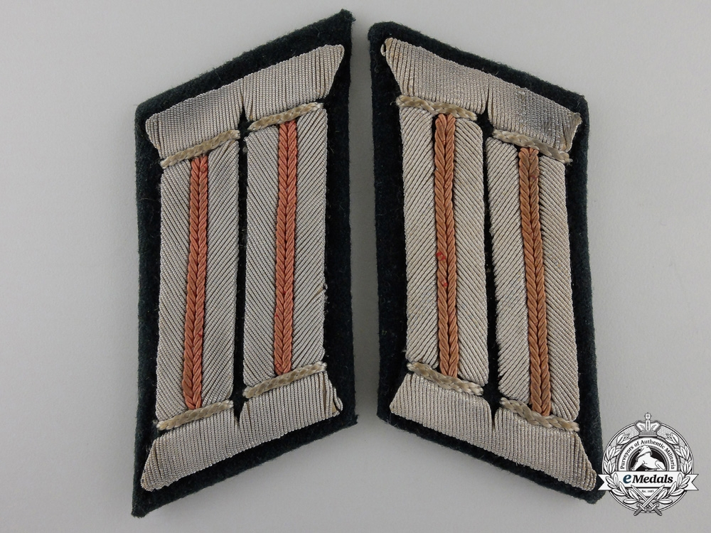 eMedals-A Pair of Army Reconnaissance Officer's Collar Tabs