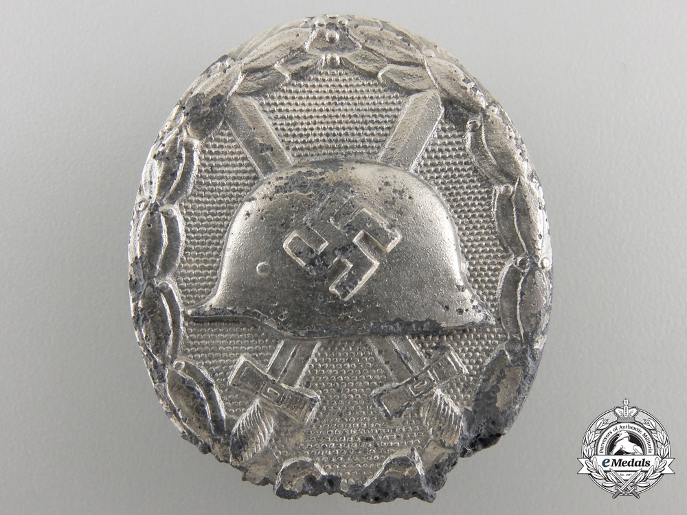 eMedals-A Recovered Silver Grade Wound Badge