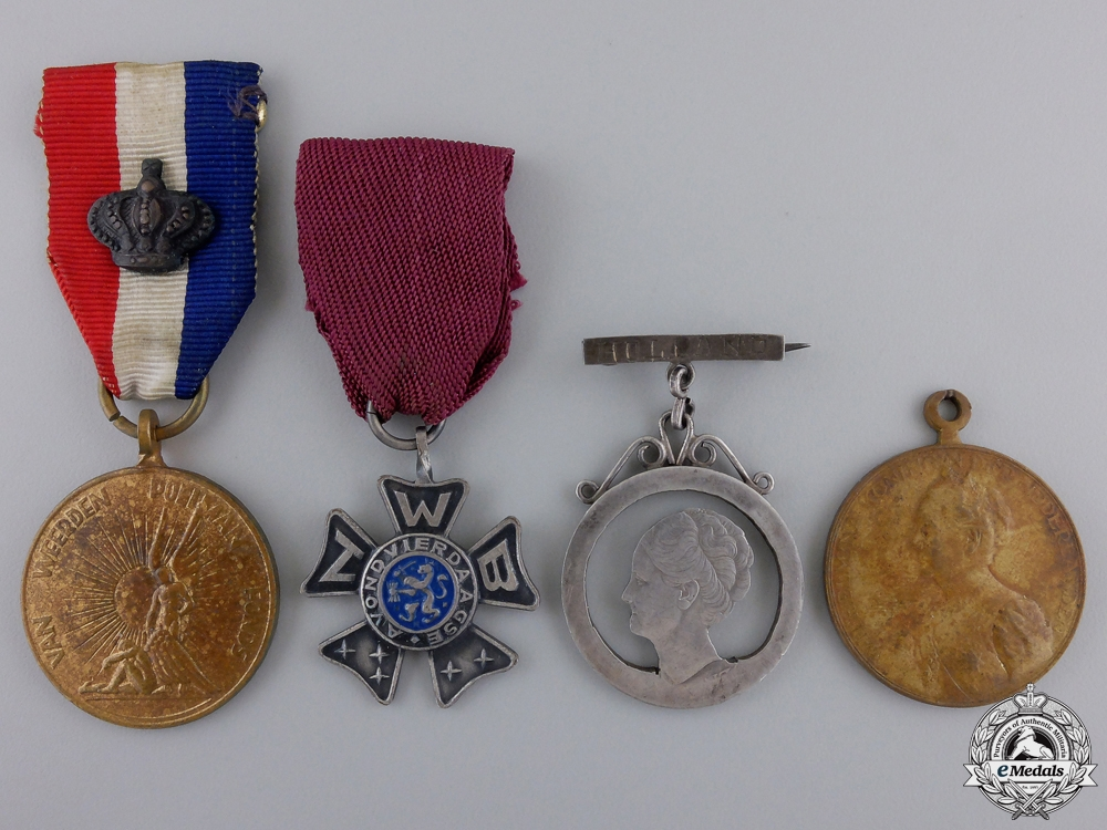 eMedals-Four Dutch Medals and Awards
