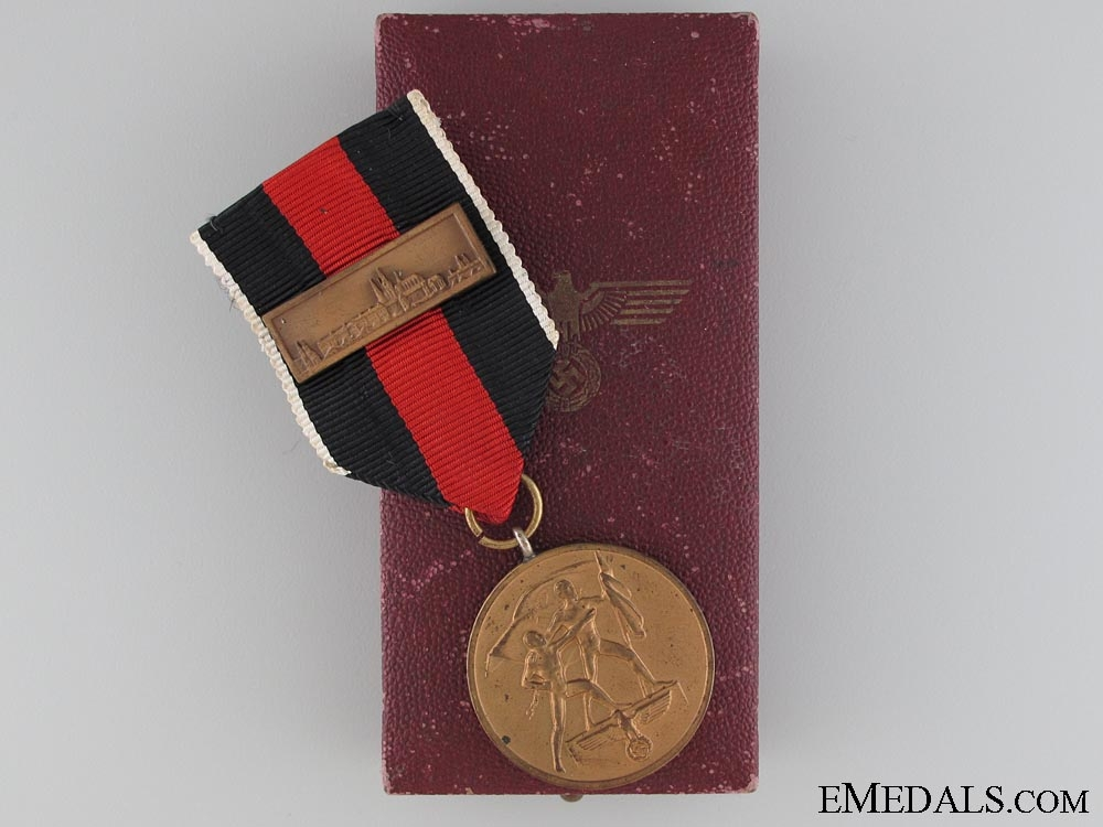 eMedals-Medal to Commemorate 1 October 1938, Boxed