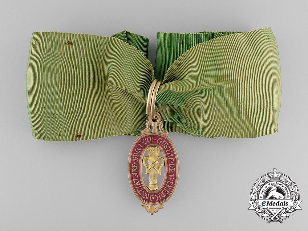 eMedals-An Extremely Rare & Early Swedish Order of Vasa in Gold c.1810