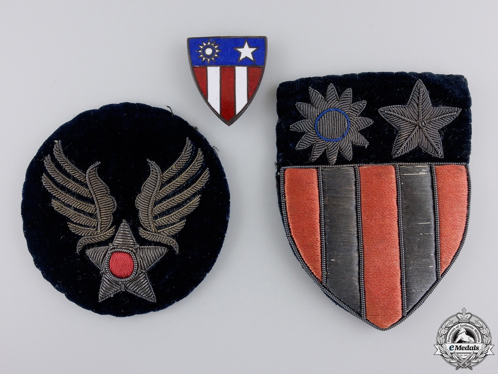 eMedals-Second War American USAAF China-Burma-India Theatre Insignia