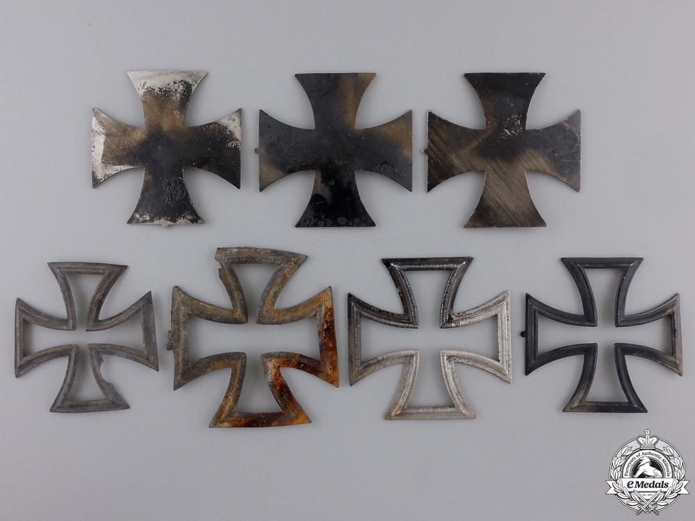 eMedals-Seven Iron Cross 1939 Parts from the Zimmermann Factory