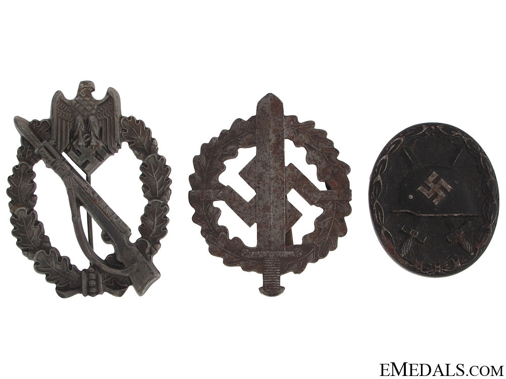 eMedals-Three WWII German Badges