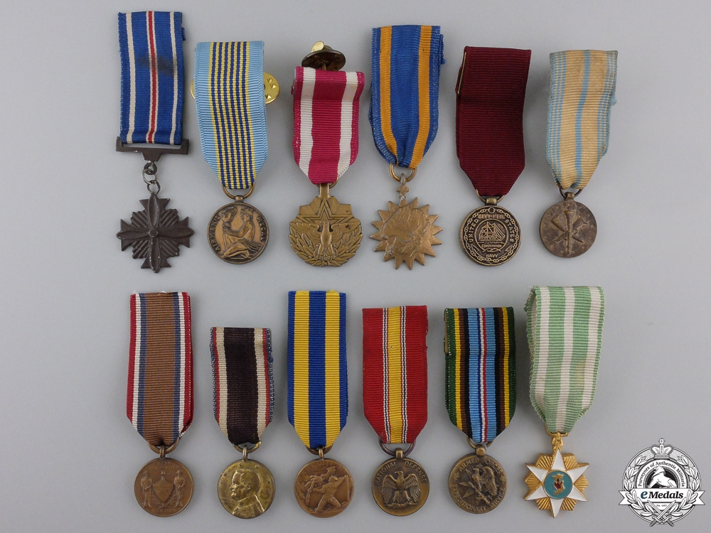 eMedals-Twelve Miniature American Service and Campaign Medals