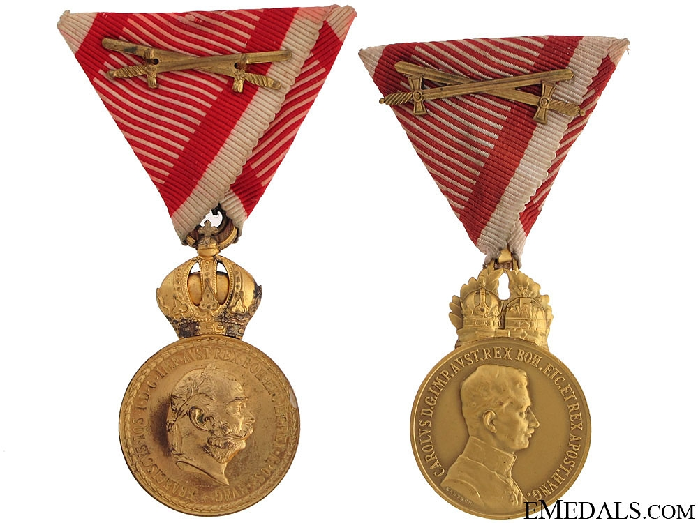 "eMedals-Two Bronze Signum Laudis Medals ""¢¤ WWI Period"