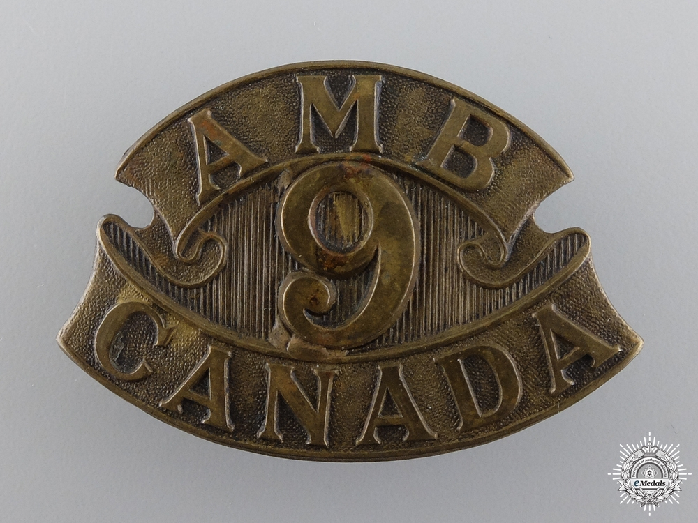 eMedals-WWI 9th Canadian Field Ambulance Cap Badge  consign 17