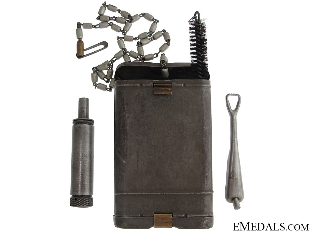 eMedals-WWII K98 Cleaning Kit