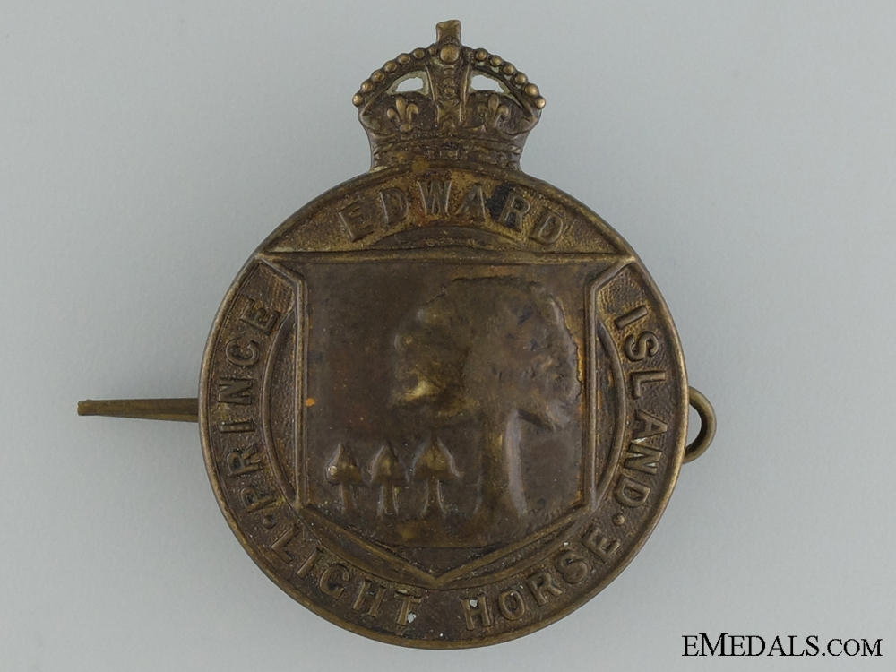 eMedals-WWII Prince Edward Island Light Horse Cap Badge