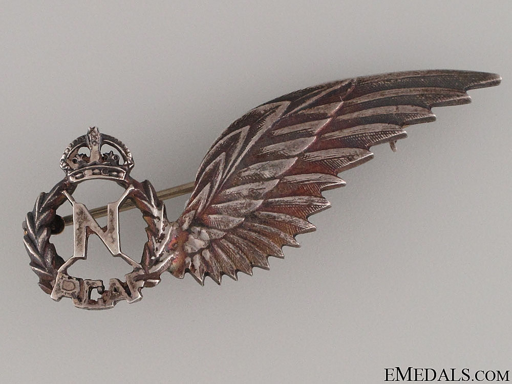 eMedals-WWII RCAF Navigator Wing Pin