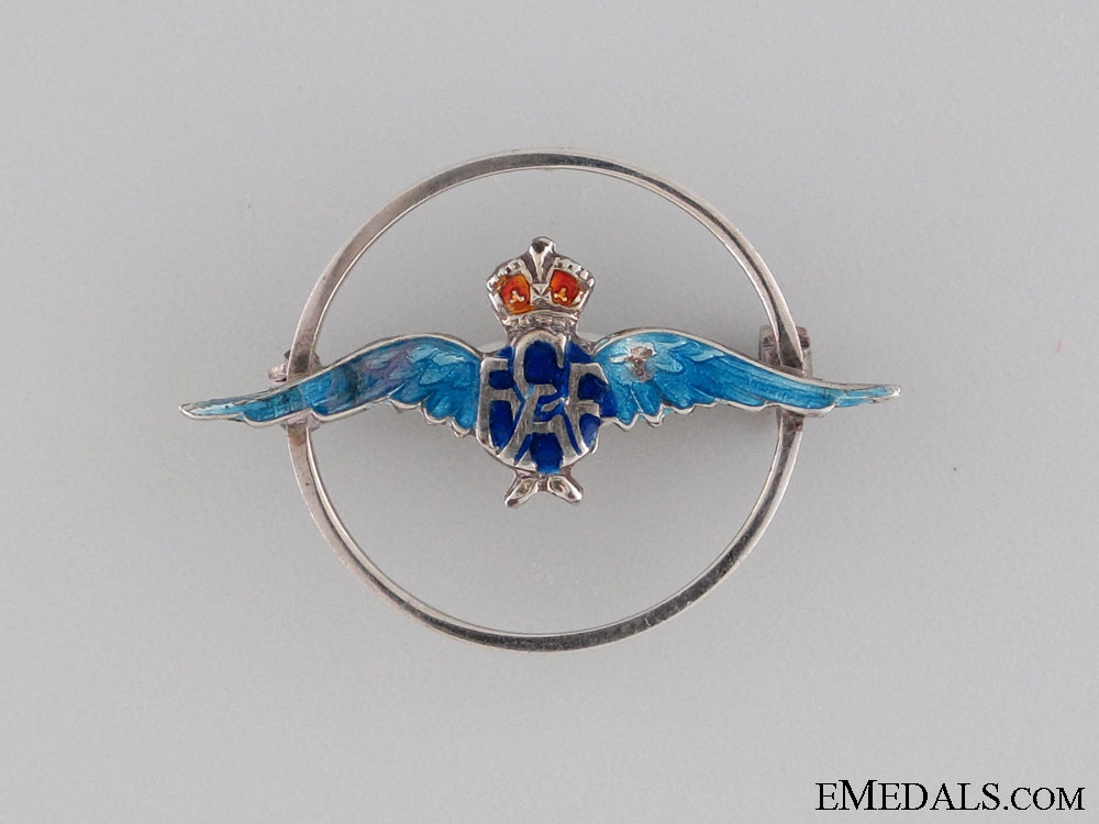 eMedals-WWII RCAF Sweetheart Pin