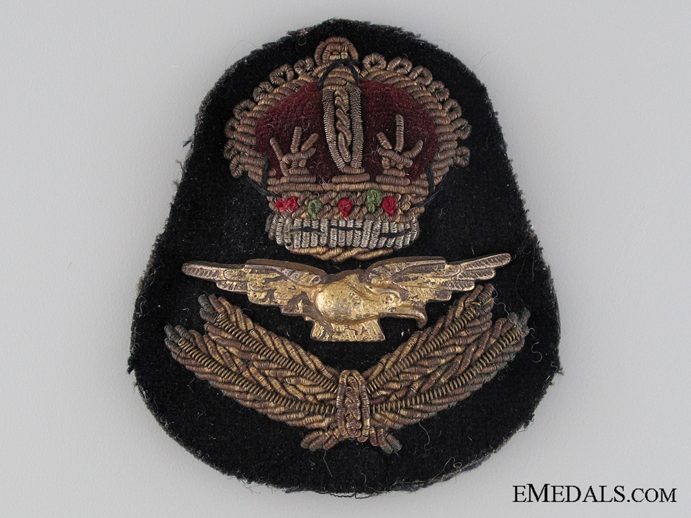 eMedals-WWII Royal Air Force Officer's Cap Badge