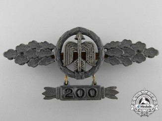 A Short Range Luftwaffe Day Fighter Clasp by G.H. Osang; Gold Grade