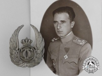 A Photograph of Artur Kirasic and his Romanian Observer's Badge