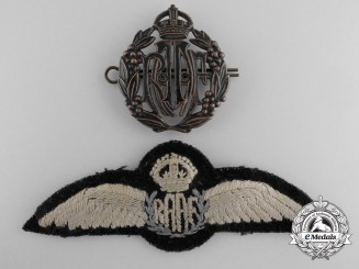 Two Second War Australian Badges & Insignia