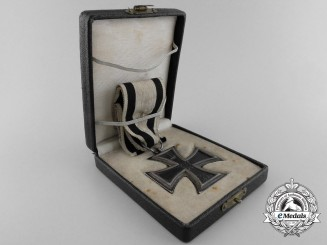 A First War Iron Cross 2nd Class 1914 by Sy & Wagner; Non-Combatant with Case