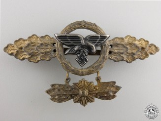 A Luftwaffe Squadron Clasp for Transport Pilots; Gold Grade