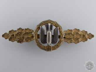 An Early Bronze Grade Squadron Clasp for Bomber Pilot's