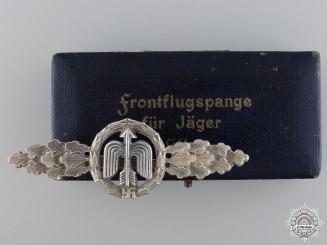 An Early Clasp for Short Range Fighter Pilot's with Case