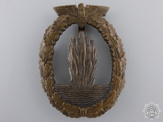 An Early Kriegsmarine Minesweeper War Badge