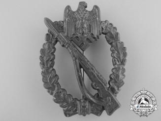 A Silver Grade Infantry Badge by Aurich, Dresden
