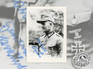 A Signed Photograph of General of  Cavalry Gustav Harteneck RK Recipient