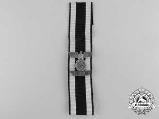 A Clasp to the Iron Cross 2nd Class 1939; Reduced Size -