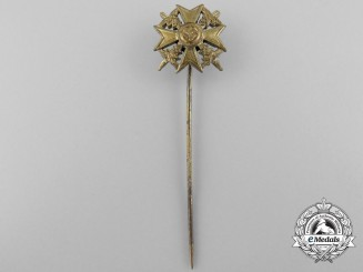 A Miniature Spanish Cross with Swords; Gold Grade