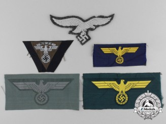 Five Second War Embroidered Breast Insignia